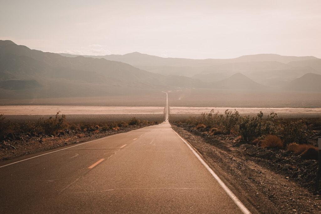 Weg door de woestijn